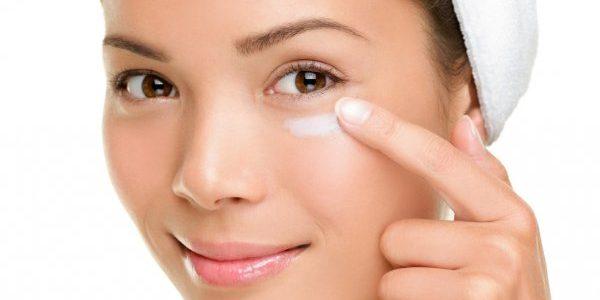 Kandungan Skin Care Yang Dapat Mengatasi Kantung Mata