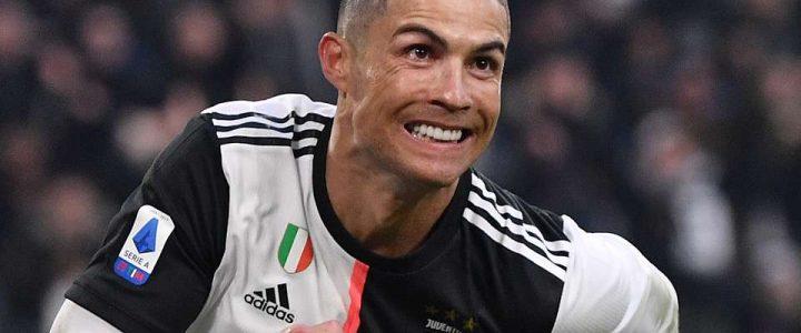 Masa Karantina Sudah Berakhir , Kini Ronaldo Kembali Menuju Italia